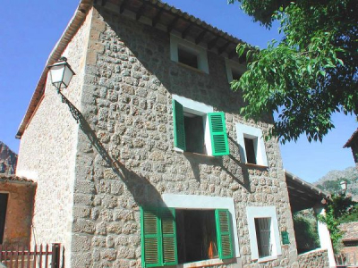 Traditional townhouse from the XVII century in Sa Calobra