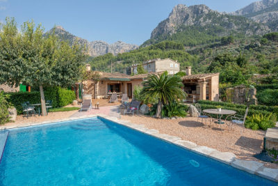 Idyllic located country house with pool in the outskirts of Sóller - Reg. ETV/6069