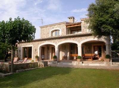 Stone built villa with beautiful garden and pool in Valldemossa