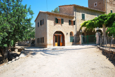 Well equipped country house in the outskirts of Deià - Reg. ET/4591