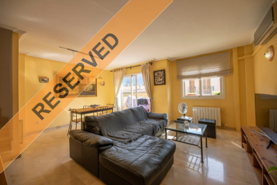 Nice and sunny flat with parking and community pool in Sóller