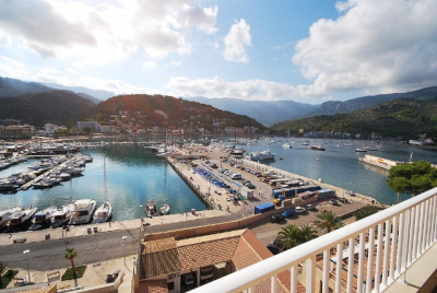 Renovated apartment in the heart of the fishing village of Port de Sóller for longterm rent