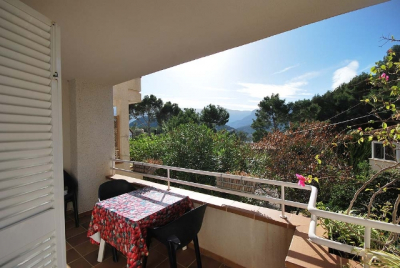 Spacious apartment with parking in quiet and sunny area of Port de Sóller