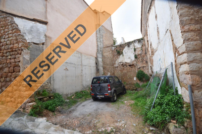 Plot to build a townhouse in the centre of Fornalutx