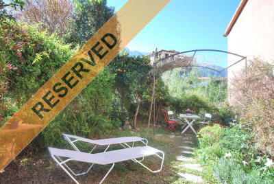 Cute rustic townhouse in the centre of Sóller holiday rent. Nº Reg.10584/17