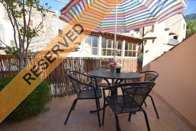 Nice recently renovated house with terrace in the centre of Fornalutx