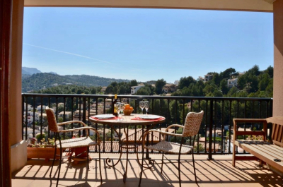 Fully furnished apartment with lift and private parking in Port de Sóller for longterm rent