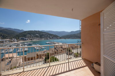Apartment with terrace and view over Port de Sóller