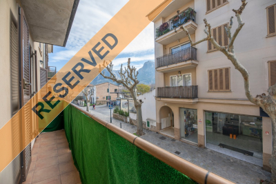 Modern apartment with parking in the centre of Sóller
