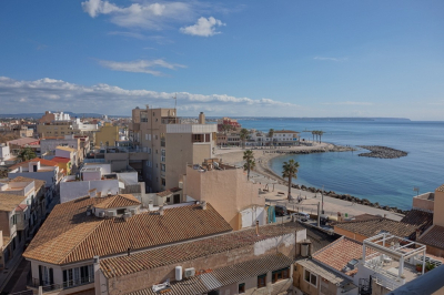 Penthouse apartment with wonderful sea views in Portixol