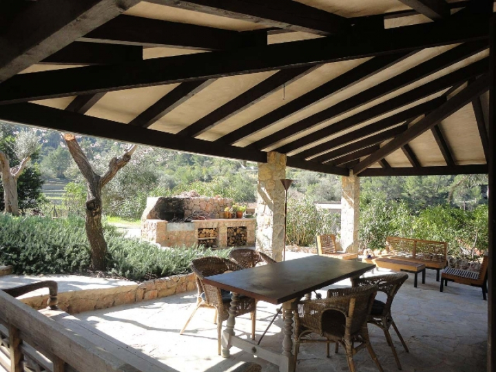 Idyllic located country house with pool in Estellencs Mallorca