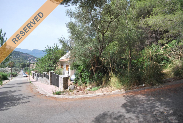 Building plot in port de s ller with mountain views for Dreamhomes com